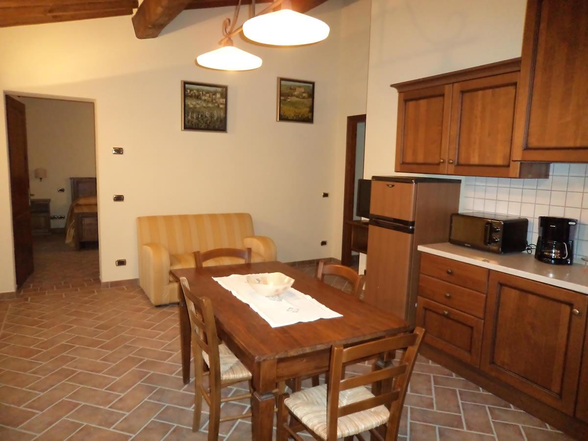 Appartamenti vacanze montalcino provincia di siena for Appartamenti siena